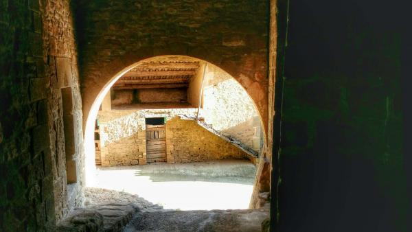 05.04.2015 portal  Sant Just d'Ardèvol -  Ramon Sunyer