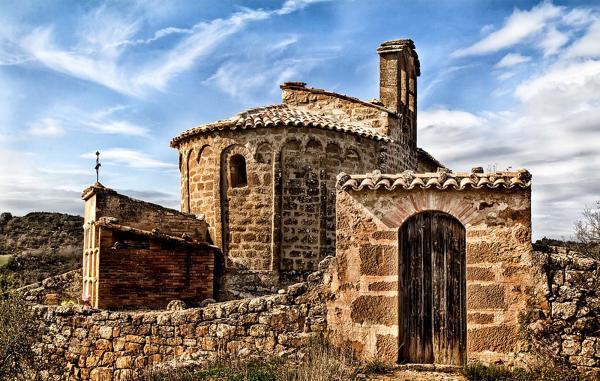 Church Sant Pere de mas Pujol