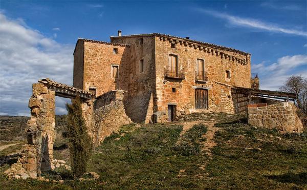 30.04.2015 Mas Pujol  Les Cases de la Serra -  Montse Fornells