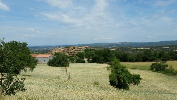 02.06.2015 Vista del poble  Claret -  Grans Reptes