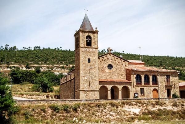 Iglesia de  Santa Maria Nova - Autor Ramon Sunyer (2015)