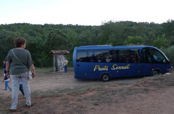 03.08.2015 Un servei de microbusos va traslladar els assitents  Vallferosa -  Xavier Sunyer