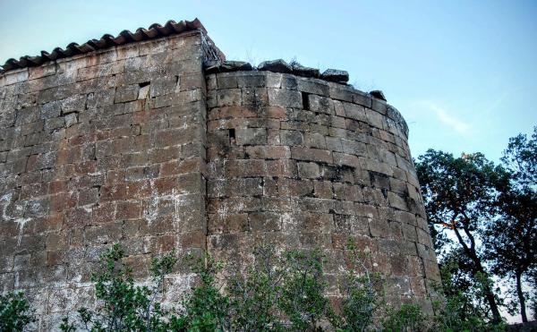 21.08.2015 Ermita Sant Salvador del Coll, absis  L'Aguda -  Ramon Sunyer