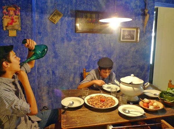 30.08.2015 Exposició Taula de Festa Major de l'APACT a cal Gegó  Torà -  Xavier Sunyer