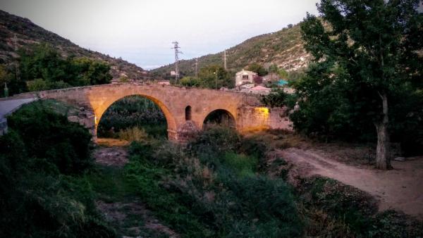 19.09.2015 El pont de les Merites al capvespre  Torà -  Ramon Sunyer
