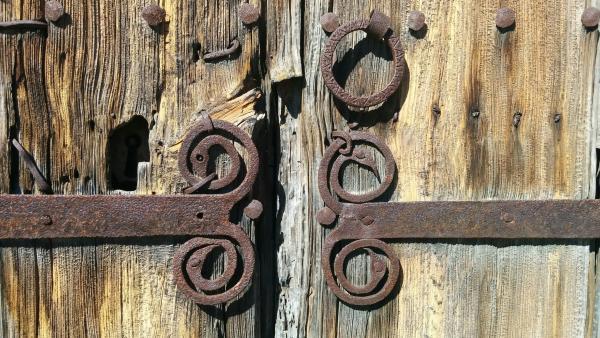 11.10.2015 detall forjat porta església  Sant Serni -  Ramon Sunyer