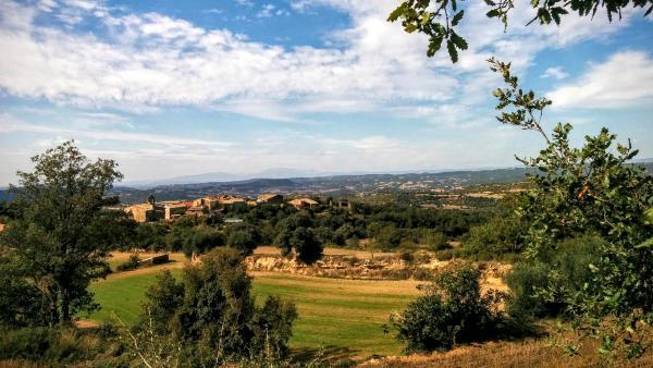 11.10.2015 vista del poble  Claret -  Ramon Sunyer