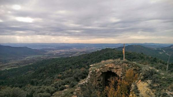 Castell de  Castell de Valldàries - Autor Ramon Sunyer (2015)