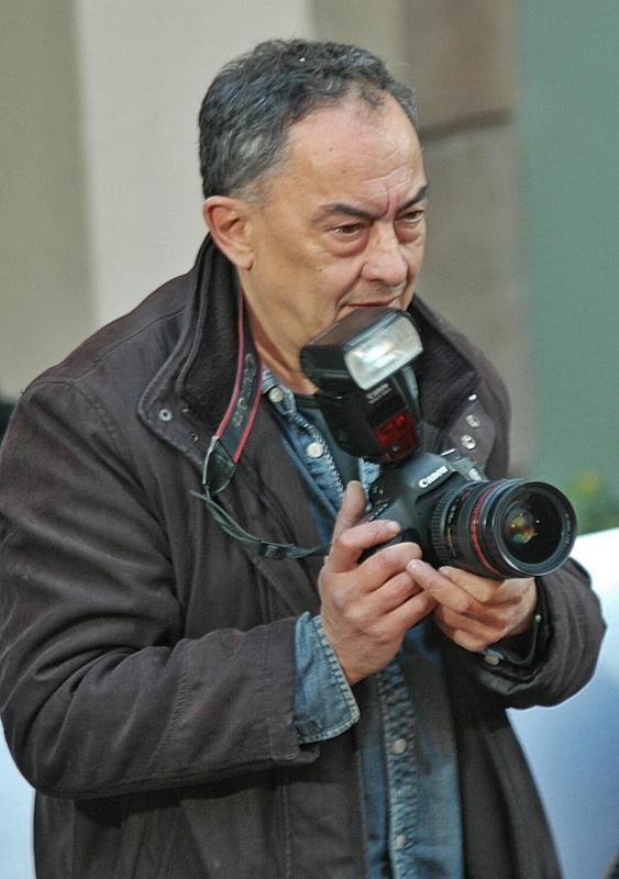30.01.2016 El Xavi Santesmasses sempre és present a la festa captant imatges pel Segre  Torà -  Xavier Sunyer