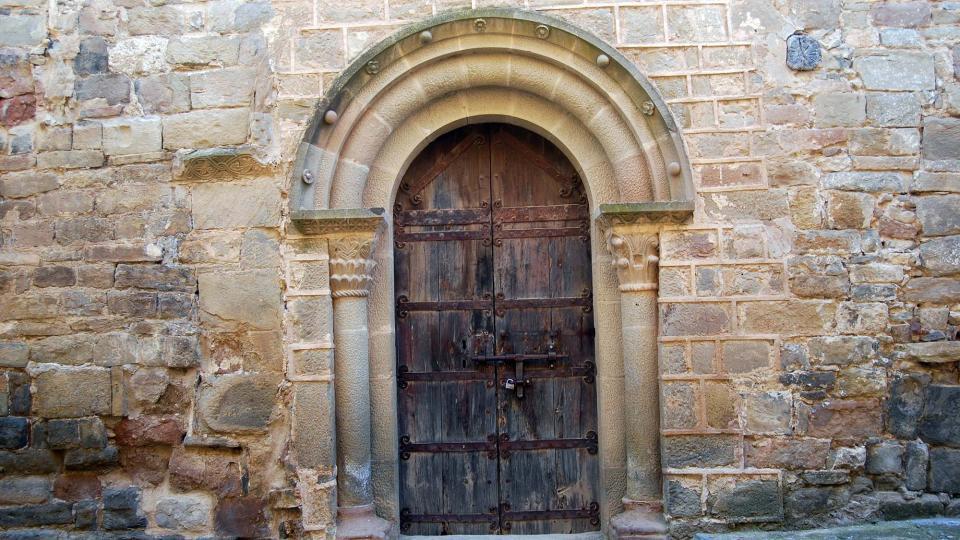 19.06.2016 porta del monestir  Cellers -  Ramon Sunyer