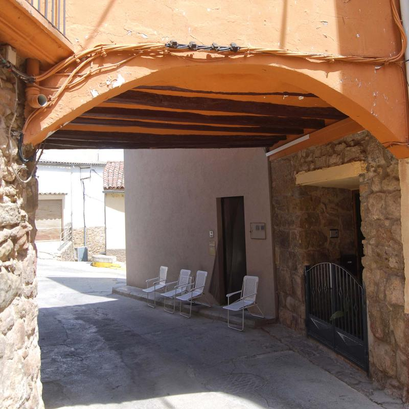 16.08.2016 Pas cobert carrer Morer  Sanaüja -  Ramon Sunyer