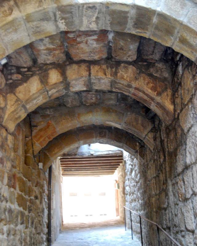 Portal of La Portelleta - Author Ramon Sunyer (2016)