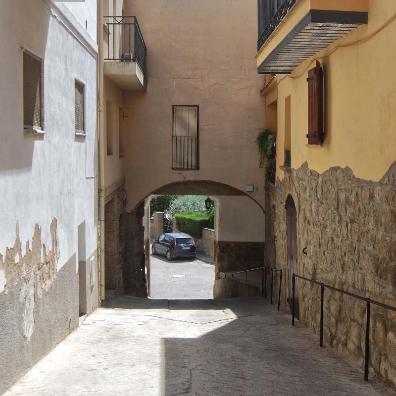 Espacio  Portal de la baixada de Sant Roc - Autor Ramon Sunyer (2016)