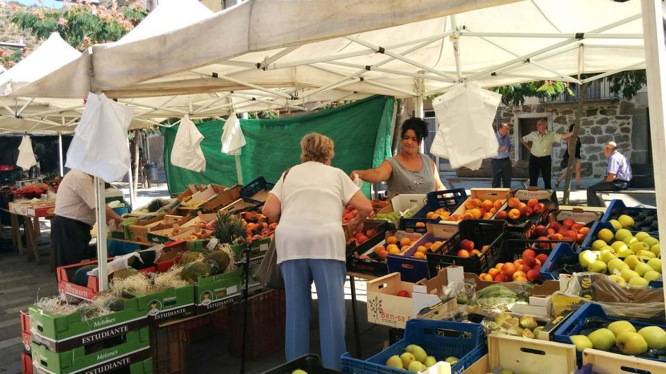 19.08.2016 mercat  Torà -  Ramon Sunyer