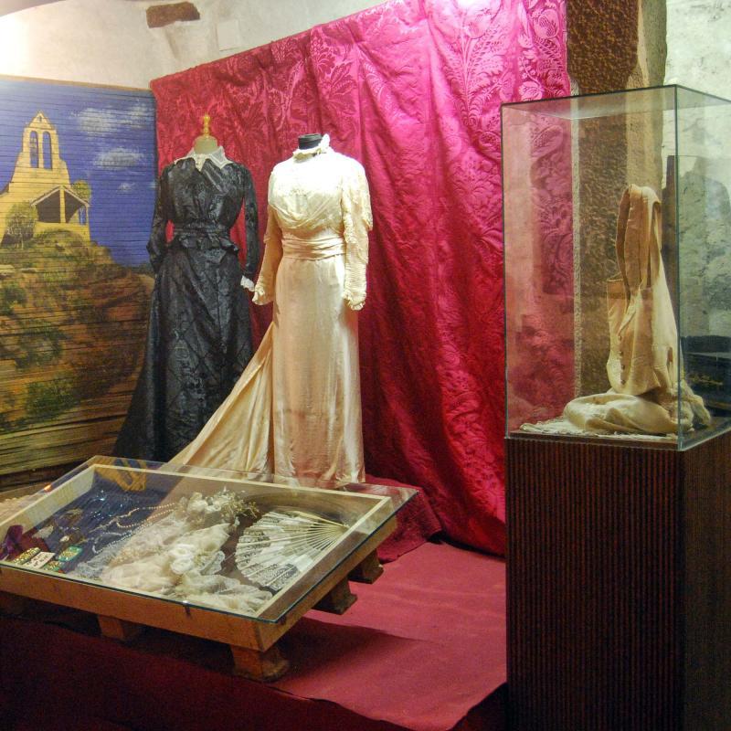 04.09.2016 Exposició Tot comença pel bressol  Torà -  Ramon Sunyer