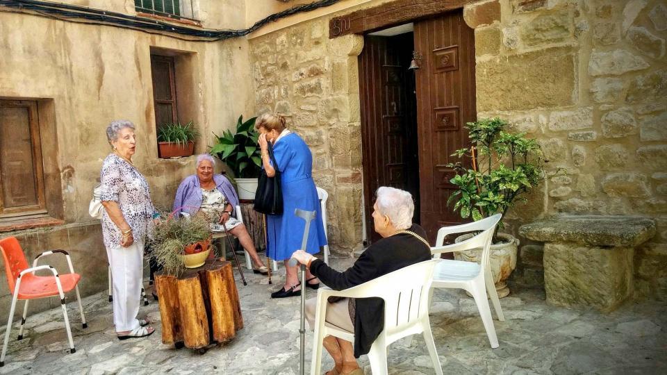 15.08.2015 fent-la petar per festa major  Castellfollit de Riubregós -  Ramon Sunyer