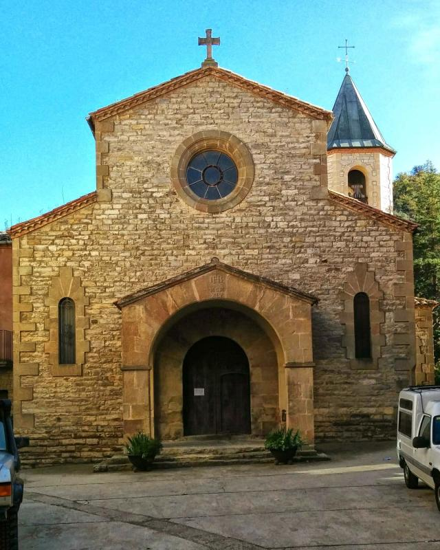 16.11.2014 Església del Roser i Plaça Major  Castellfollit de Riubregós -  Ramon Sunyer