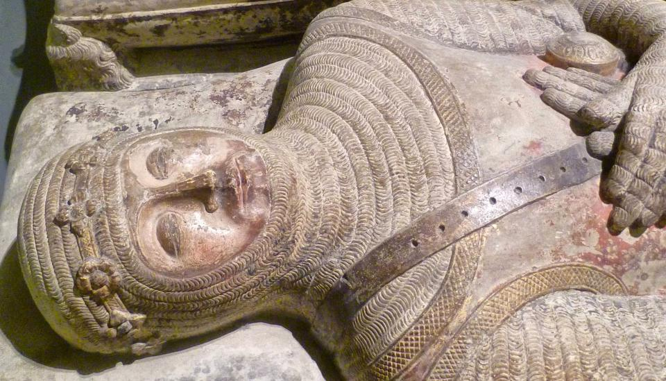 20.11.2016 Detall del sepulcre de Ramon de Cardona al museu de Berlín  Torà -  Bode Museum