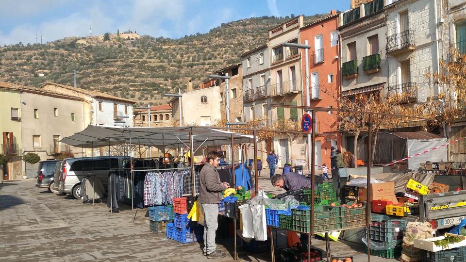 05.01.2017 mercat  Torà -  Ramon Sunyer