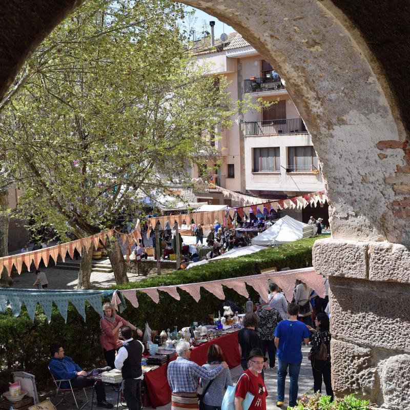 14.04.2017 Brocanters a la plaça de la Font  Torà -  Ramon Sunyer