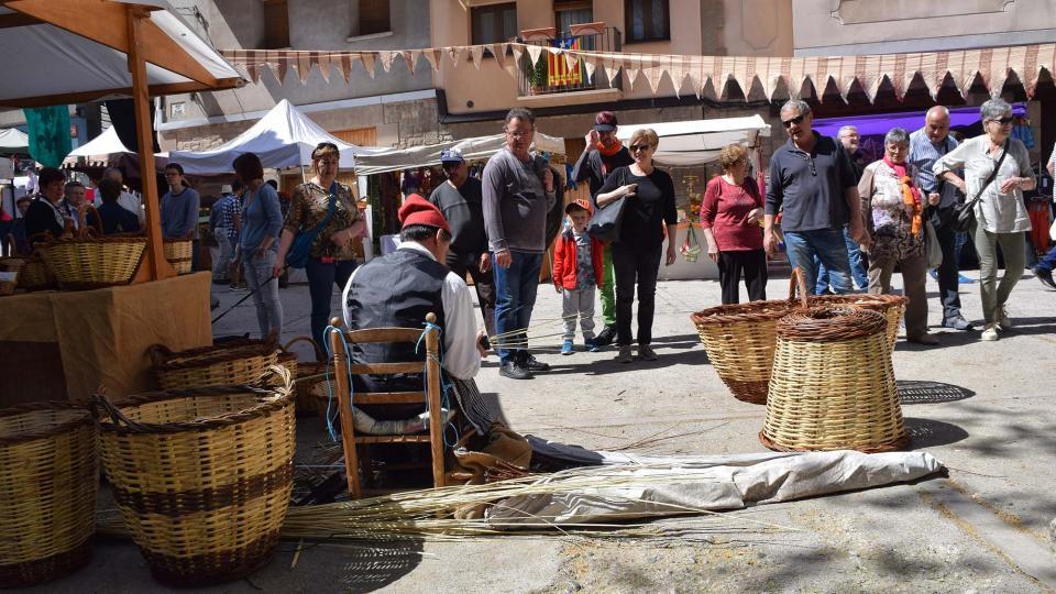 14.04.2017 Cisteller a la plaça de la Font  Torà -  Ramon Sunyer