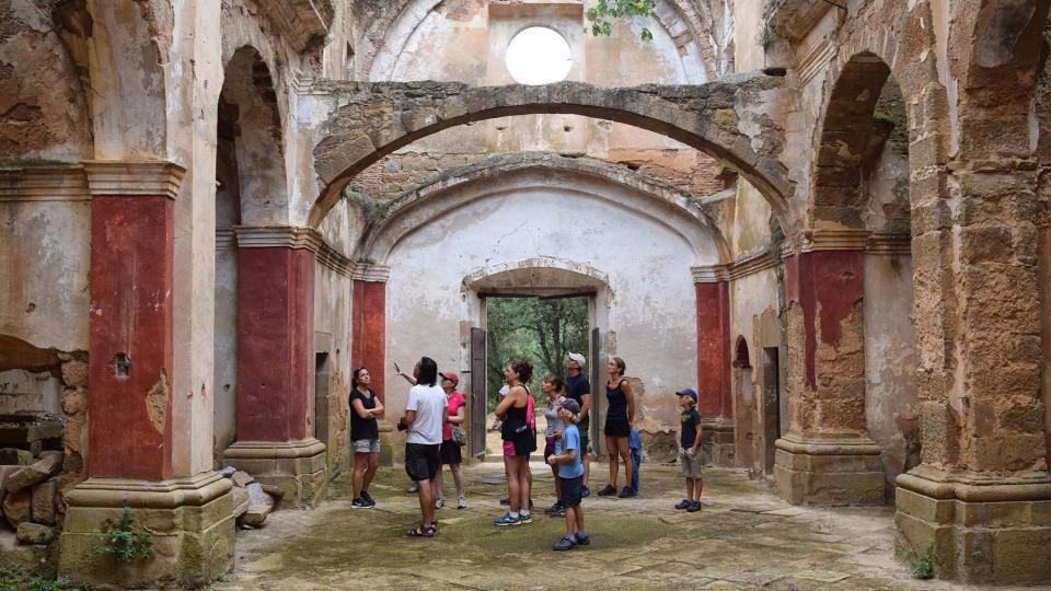 visita a l'església Foto: Ramon Sunyer - Vallferosa