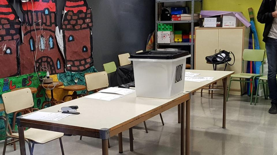 01.10.2017 La urna arriba puntual  Torà -  Jan_Closa