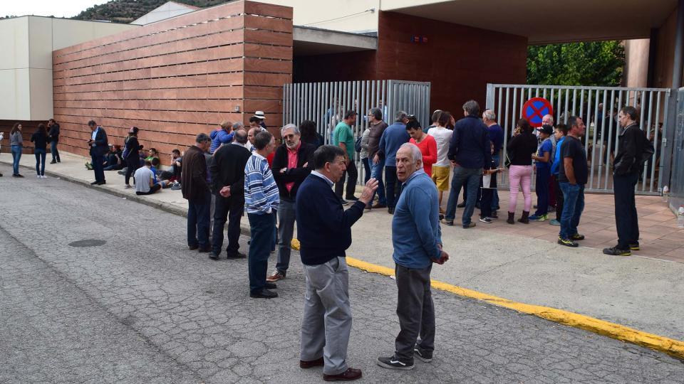 El nou carrer  '1 d'Octubre', durant la jornada del referèndum Foto: Ramon Sunyer - Torà