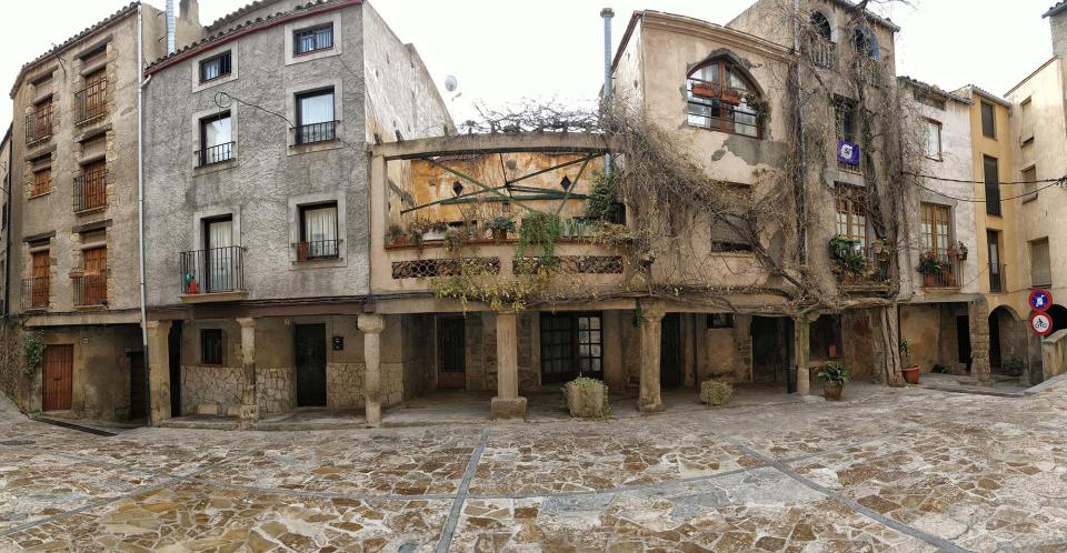 07.12.2017 Plaça de l'Església  Torà -  Ramon Sunyer