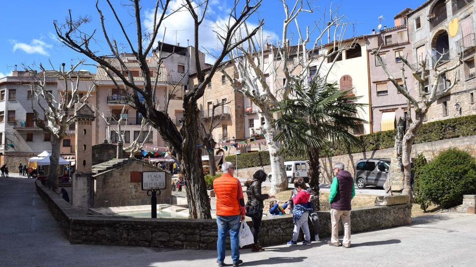 30.03.2018 Plaça de la Font  Torà -  Ramon Sunyer
