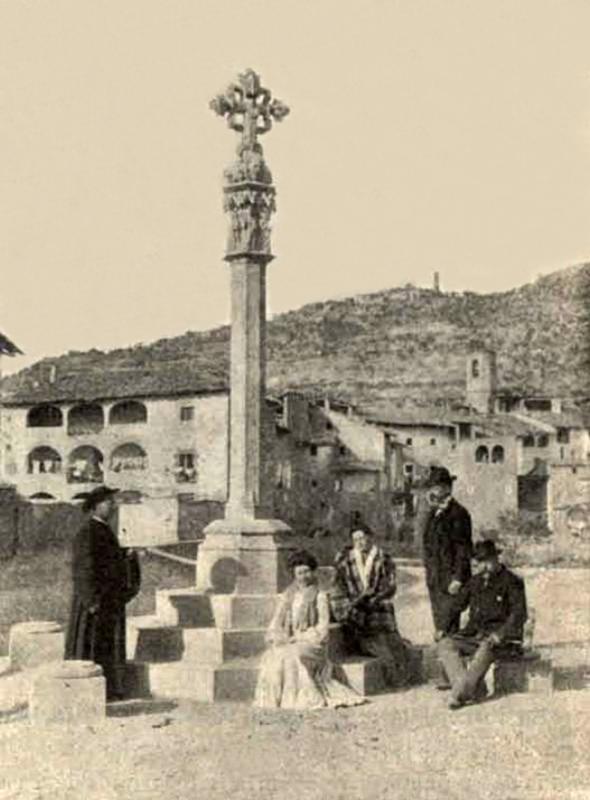 Creu de sant Ramon original, d'estil gòtic. Imatge de l'any 1910 - Torà