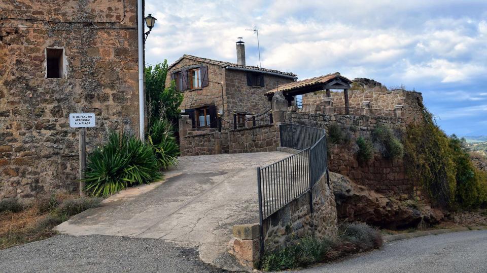 07.10.2018 entrada al poble  Claret -  Ramon Sunyer