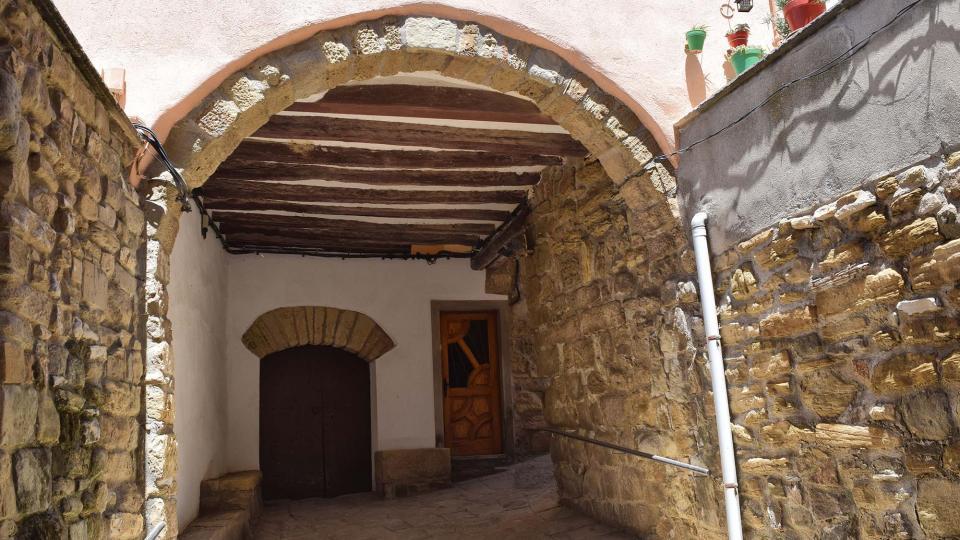 Portal de Cal Millàs - Autor Ramon Sunyer (2019)