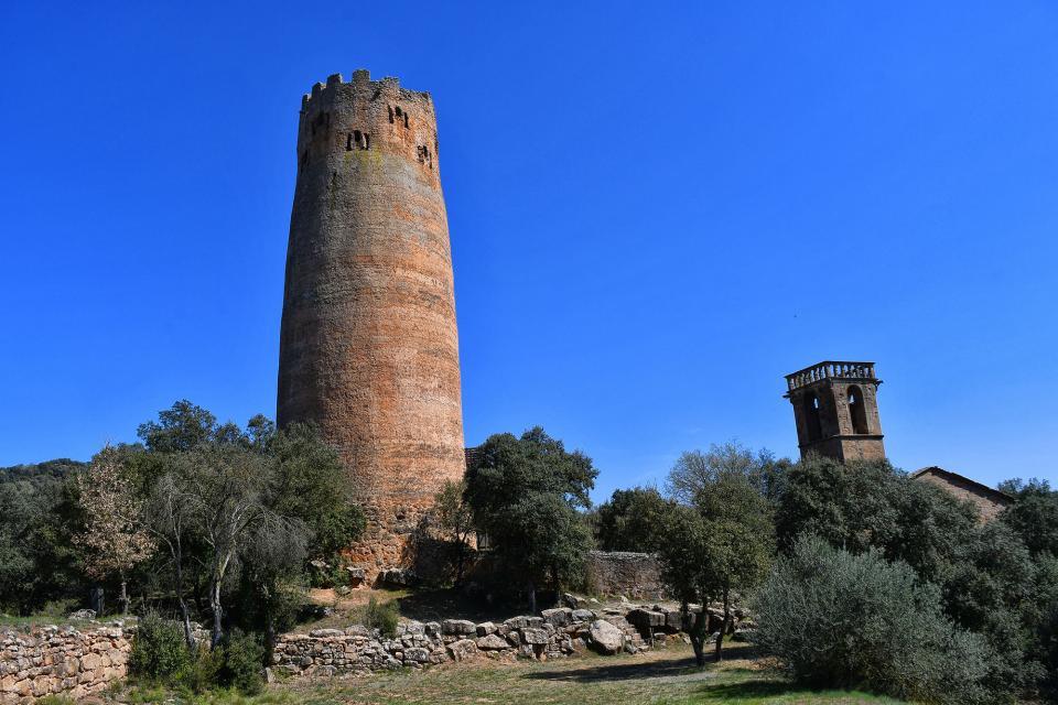 05.04.2021 torre i església  Vallferosa -  Ramon Sunyer