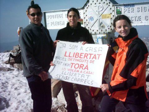 31.05.2003 Excursionistes de Torà pugen a l'Aneto en suport als detinguts  Aneto -  Xavier Sunyer