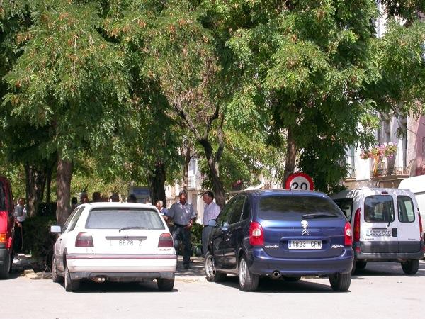 02.09.2005 Plaça del Vall  Torà -  Ramon Sunyer