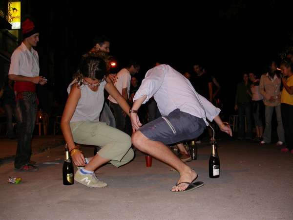 02.09.2005 Gimcana: posar el cordill a l'ampolla  Torà -  Ramon Sunyer