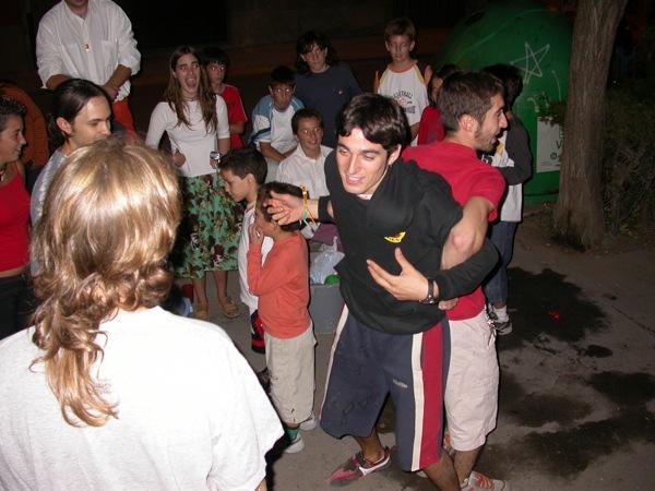 02.09.2005 Reventar un globus no és tasca sencilla  Torà -  Ramon Sunyer