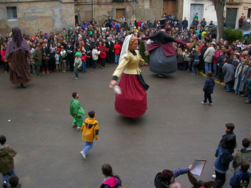 Ball dels gegants del Bonic i la Bonica - Torà