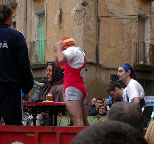 22.02.2003 Prova d'aixecament de cervesa  Torà -  Ramon Sunyer