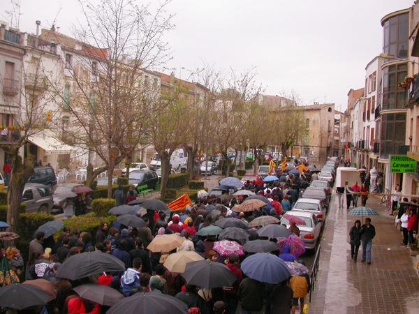 Manifestació pels carrers de Torà -
