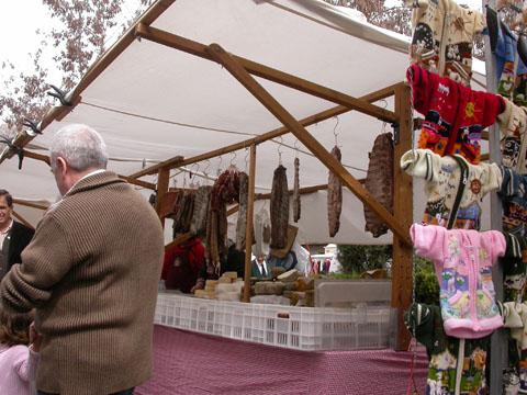 25.03.2005 Les parades d'embotits tradicionals, tendència a l'alça  Torà -  Ramon Sunyer