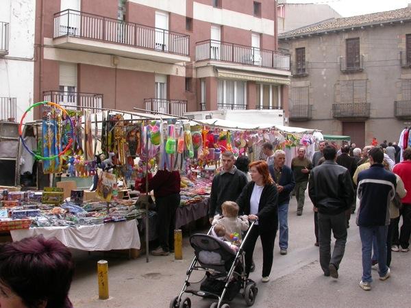 25.03.2005 Parades a la plaça de l'Hostal  Torà -  Ramon Sunyer