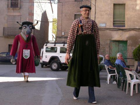 01.09.2007 Gegants-carrer  Torà -  Ramon Sunyer