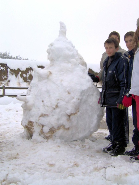 28.01.2006 Ninot de neu 2  Torà -  LABORATORI MULTIMEDIA