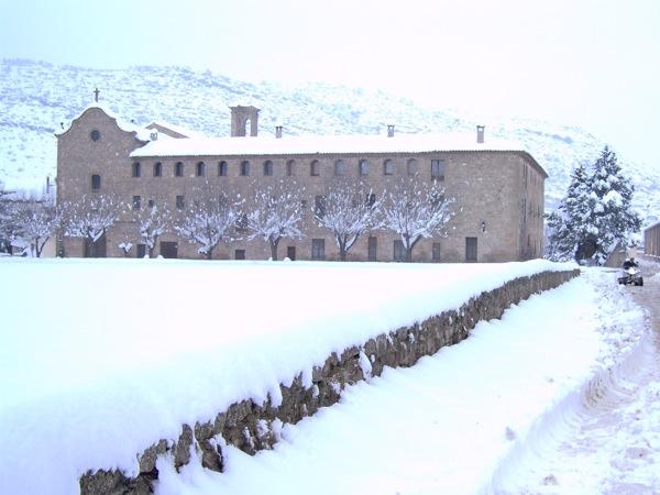 28.01.2006 Vista del Convent  Torà -  LABORATORI MULTIMEDIA