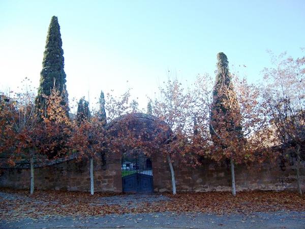 03.12.2005 Cementiri  Torà -  Josep Gatnau