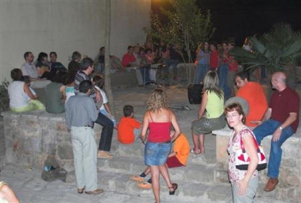 02.09.2006 Karaoke a la Plaça Jaume Coberó  Torà -  Xavi