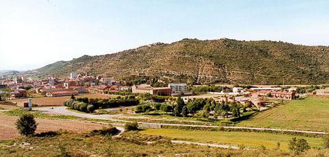 04.02.2005 Vista de Torà des del Calvari   Torà -  Ramon Sunyer