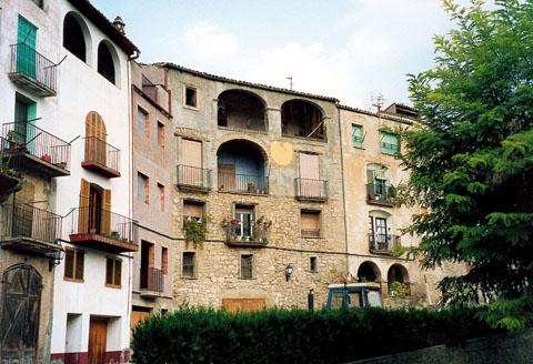 Building  Casa Jovans - Author Ramon Sunyer (2005)